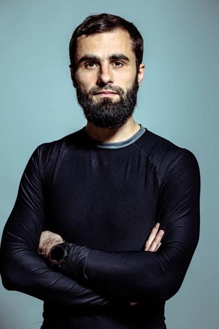 Jakub-Gontarski-oddech-ruch-transformacja-13-682x1024